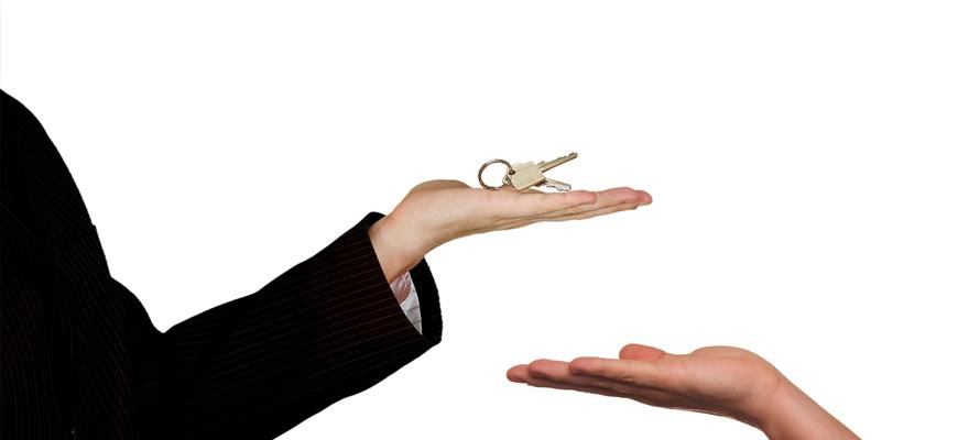 vendere casa pratiche casa ape cila cil sca scia visura catastale planimetria