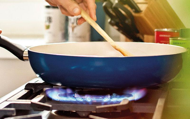 luce-e-gas-cucina-pratichecasa